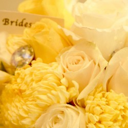 Summer Bride wedding Bouquet | Yellow and White