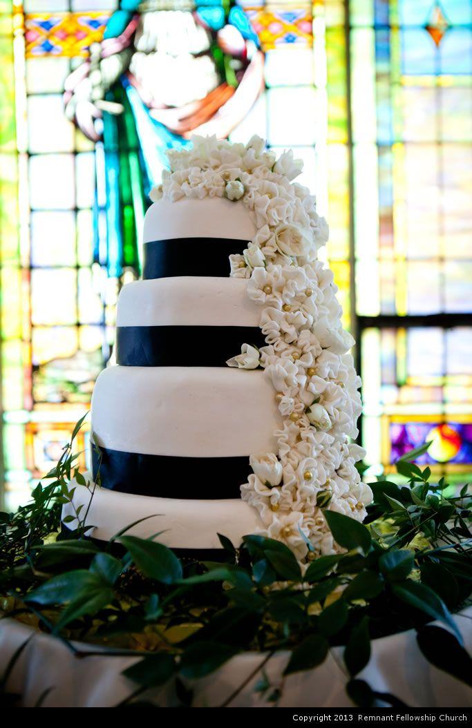 Remnant-Fellowship-Autumn-Wedding-Westebbe-1081