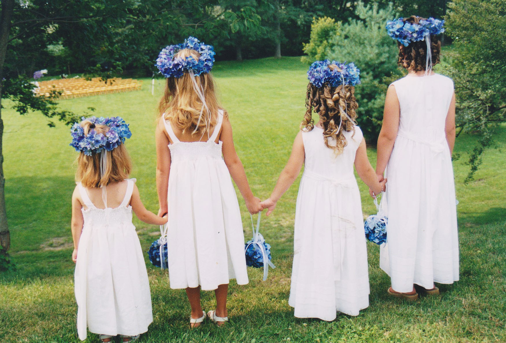 Weaver-Remnant-Fellowship-Wedding-Flowergirls-Hair